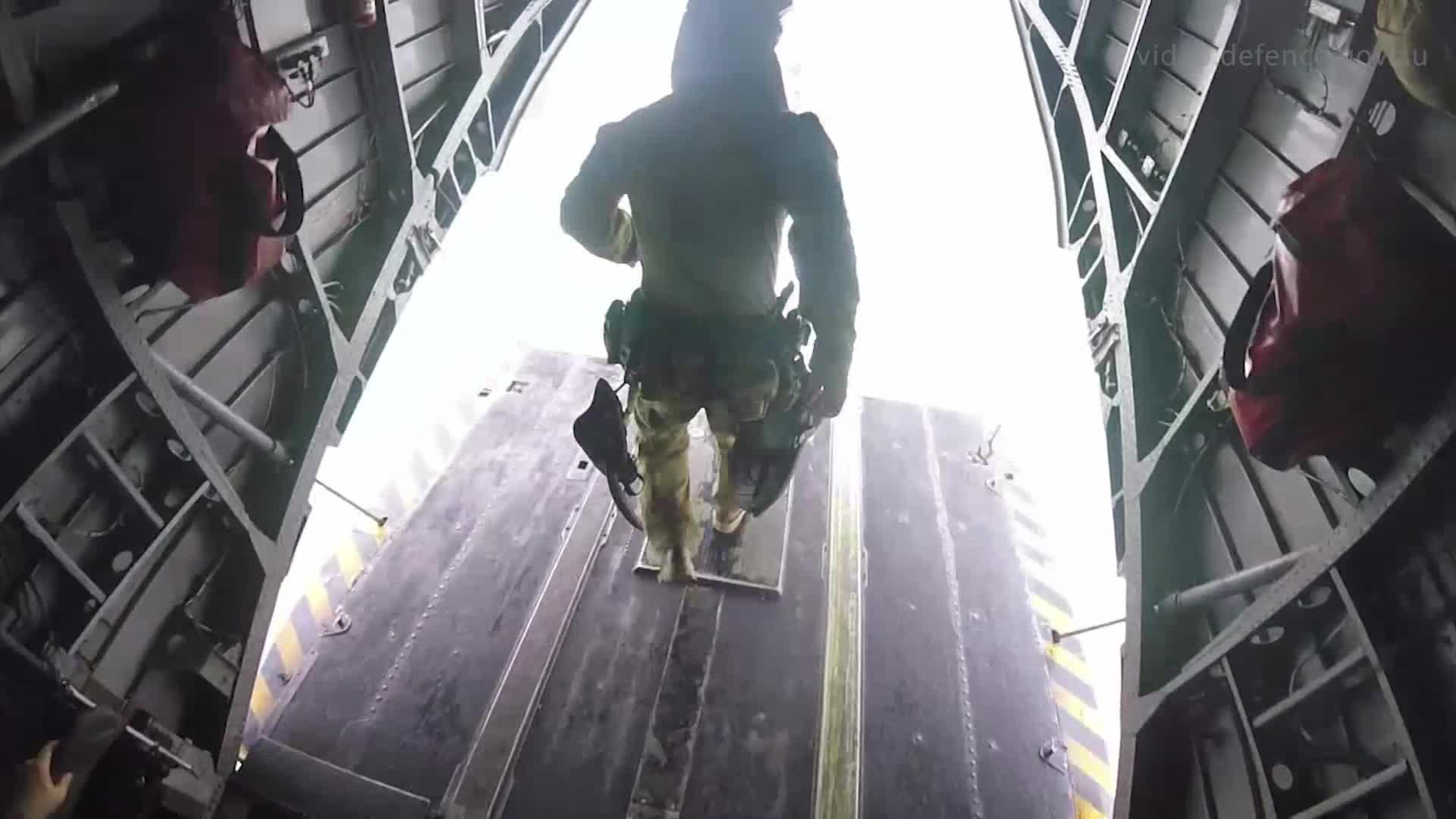 2RAR, USMC, helicopter, 2RAR helocast training on ex RIMPAC 2018 GIFs