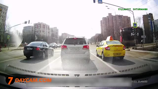 Watch and share Car Crashes GIFs and Dashcamgifs GIFs by forte3 on Gfycat