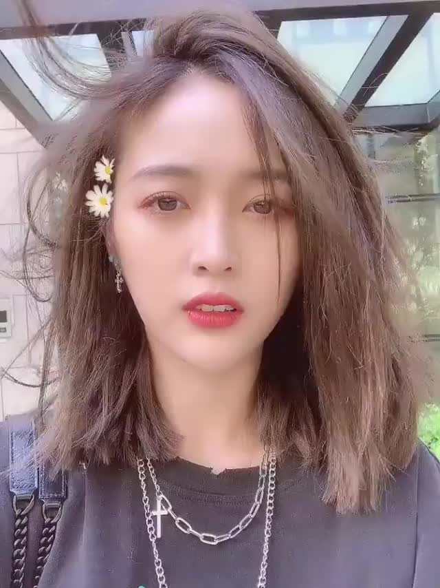 Watch and share Cosmic Girls GIFs and Xuan Yi GIFs by Oppa on Gfycat