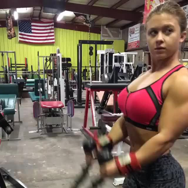 Watch and share Shelby Dueitt GIFs by bubbascarecrow on Gfycat