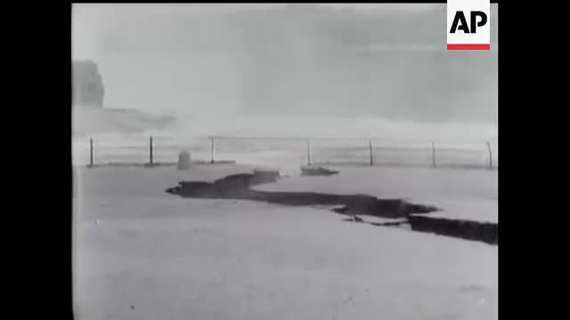Watch Niagara Falls Collapse (1954) GIF by From0to100k (@from0to100k) on Gfycat. Discover more 1954, collapse, niagara falls GIFs on Gfycat