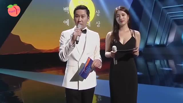 Watch ペ・スジ オッパイちょい揺れ 060316 Baeksang Art Awards Miss A 수지 Suzy 秀智 cut GIF on Gfycat. Discover more related GIFs on Gfycat