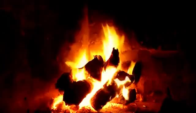 Watch and share PARA DORMIR JUNTO AL FUEGO !!! 2 HORAS - FIREPLACE CHIMENEAS ON LINE SIN MUSICA !!! GIFs on Gfycat