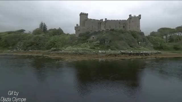 Watch and share Le Château D'Inveraray, Écosse GIFs by Djazia Olympe  on Gfycat