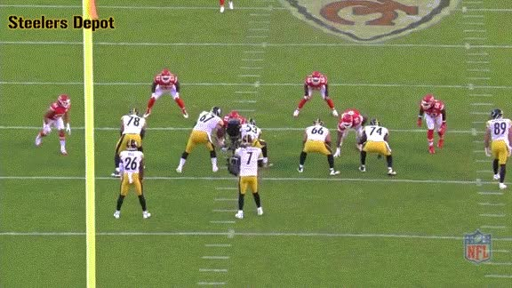Watch and share Vance-chiefs-5.gif GIFs on Gfycat