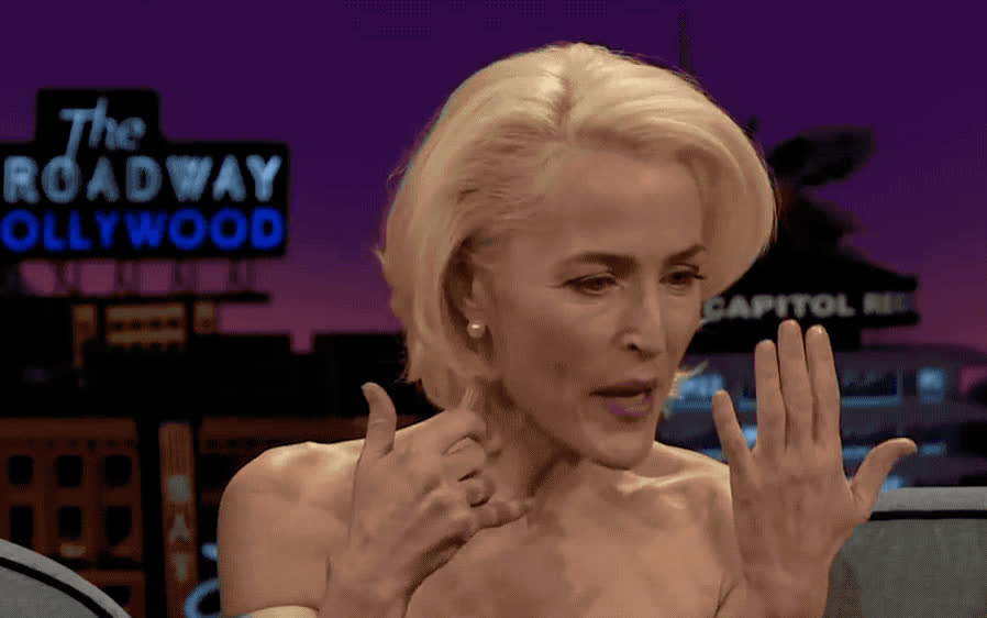 anderson, corden, gillian, god, james, kate, late, mckinnon, my, night, oh, omg, phone, show, surprised, wait, what, whoa, wow, Gillian Anderson - OMG GIFs