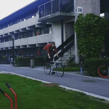Bicycle, videotogif_2017.10.03_14.07.06 GIFs