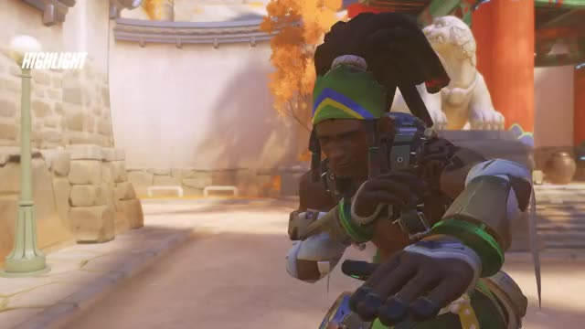 Watch and share Lucio GIFs by fundead on Gfycat