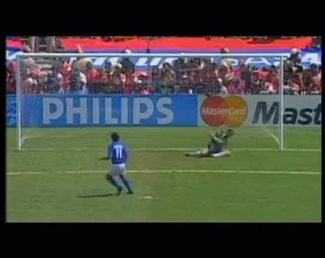 Watch and share La Grande Storia Della Nazionale: Racconto Mondiali USA 1994 GIFs on Gfycat