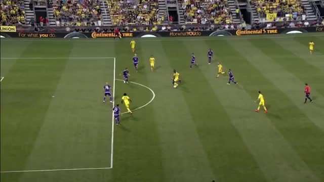 Watch Federico Higuaín's backheel goal (reddit) GIF by @mowwmoww on Gfycat. Discover more related GIFs on Gfycat