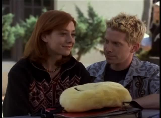 Watch and share Alyson Hannigan GIFs and Celebs GIFs by skulldi on Gfycat