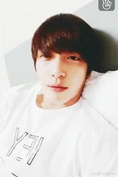 Watch and share I Like It So Much GIFs and Jung Yonghwa GIFs on Gfycat