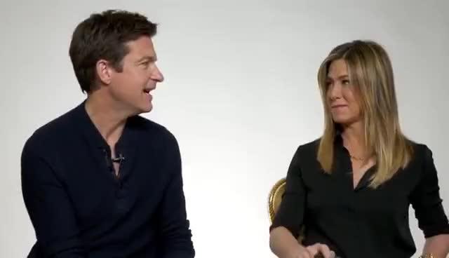 Jennifer Aniston and Jason Bateman Take The BuzzFeed BFF Test GIFs