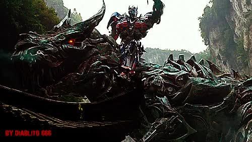 Watch and share Transformers: La Era De La Extinción Gif GIFs on Gfycat
