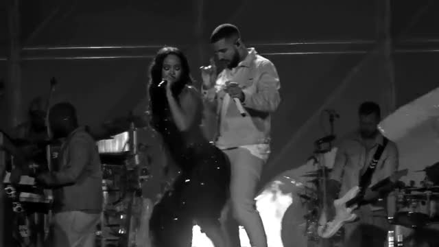 Watch this trending GIF on Gfycat. Discover more 2016, ANTI World Tour, Cricket Ground, Drake, Emirates Old Trafford, Live, Manchester, Rihanna, UK, Work GIFs on Gfycat