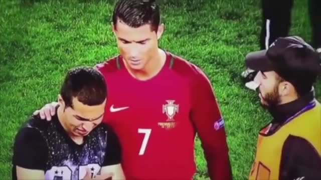 Watch and share Football GIFs and Ronaldo GIFs by bunnychow on Gfycat