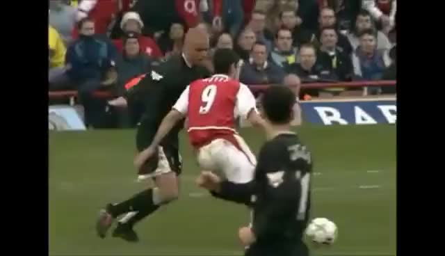 Watch and share Thierry Henry GIFs on Gfycat