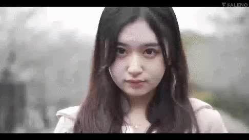 Watch and share 모모지리 카나메 GIFs on Gfycat