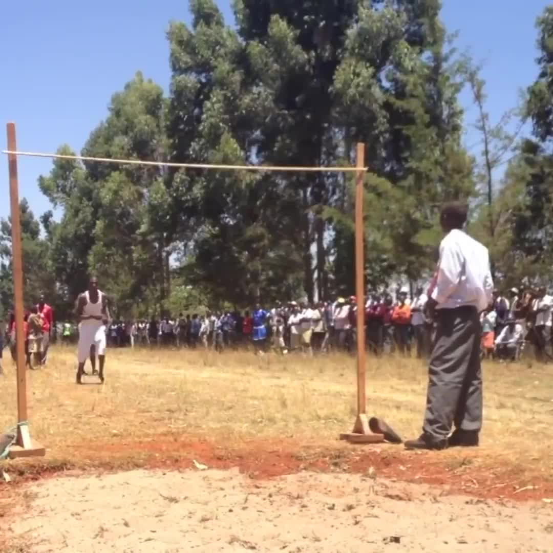 School sports day in Kenya is incredible! 😱 GIFs