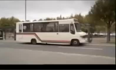 Limmy's Show - Bus