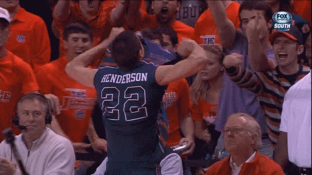 Marshall Henderson vs Auburn GIFs