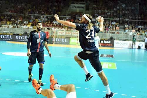 Watch and share Handball GIFs on Gfycat