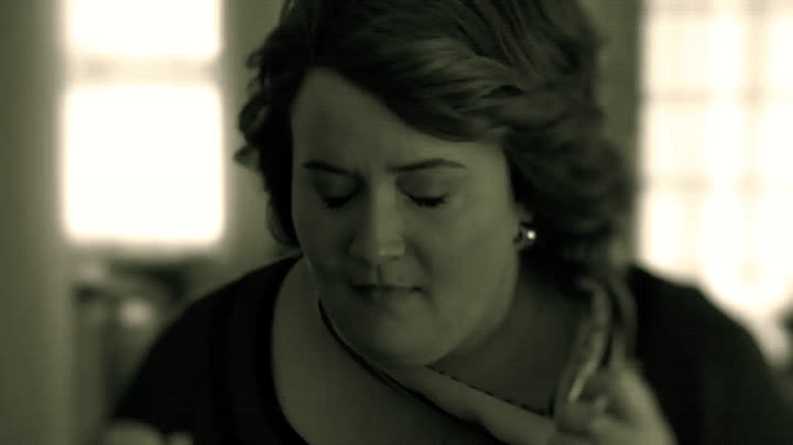 aidy bryant, omg, shocked, snl, surprise, whoa, A Thanksgiving Miracle - SNL GIFs
