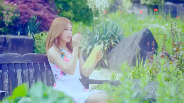 Watch and share Eunji GIFs and Petal GIFs by 60fpsgifs on Gfycat