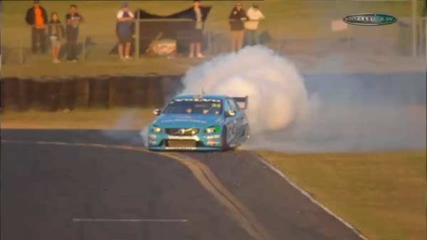 formula1, Scott McLaughlin's burnout super slow-mo (reddit) GIFs