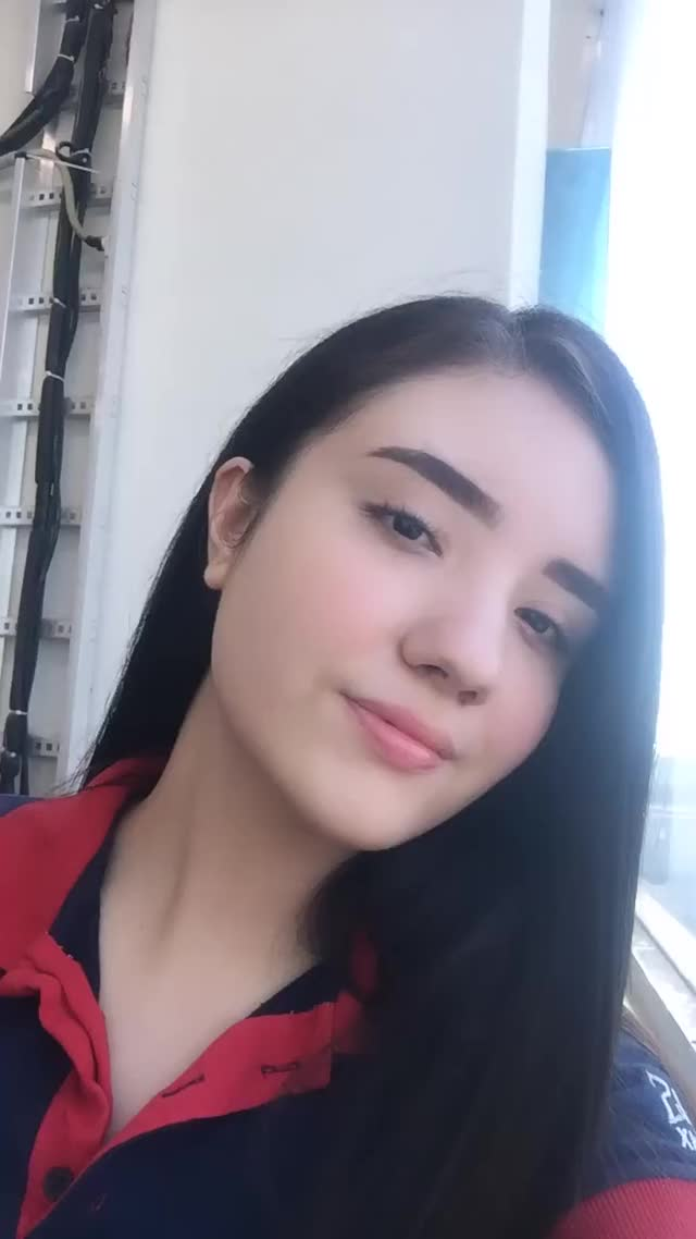Watch and share Rowan Blanchard GIFs and Celebs GIFs by Estefany Gzz on Gfycat