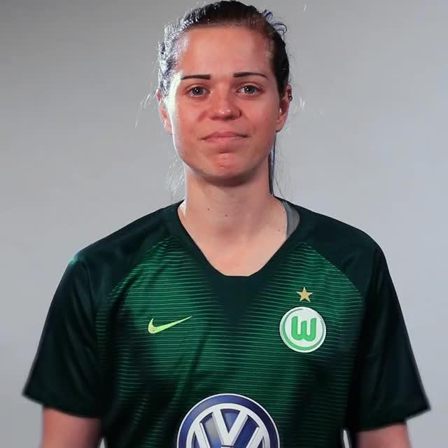 Watch and share 06 Gehheim GIFs by VfL Wolfsburg on Gfycat