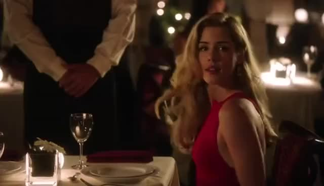 """Watch Oliver & Felicity - """"It was red."""" - 3x01 GIF on Gfycat. Discover more related GIFs on Gfycat"""