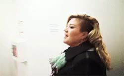 Watch Kelly Clarkson Brasil GIF on Gfycat. Discover more kelly, kelly clarkson, piece by piece GIFs on Gfycat