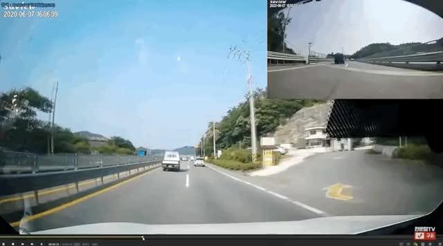Watch and share 한문철TV 고구마 레전드 GIFs on Gfycat