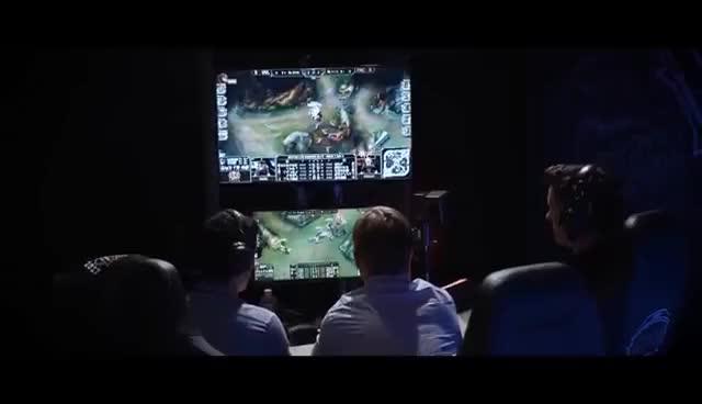 WHERE IS REKKLES!?!! | Life of Legends S4 Ep4