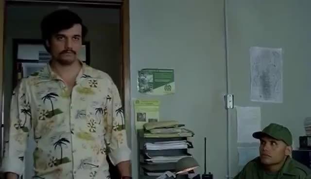 narcos, Narcos - Coma mierda GIFs