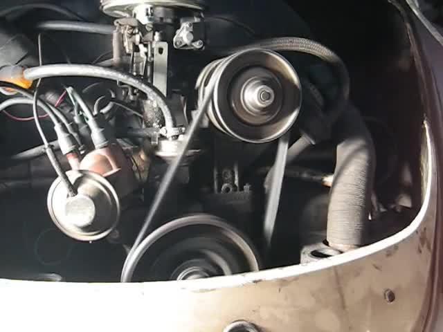 drivermacgyver, justrolledintotheshop, machineporn, Beetle quick belt change (reddit) GIFs