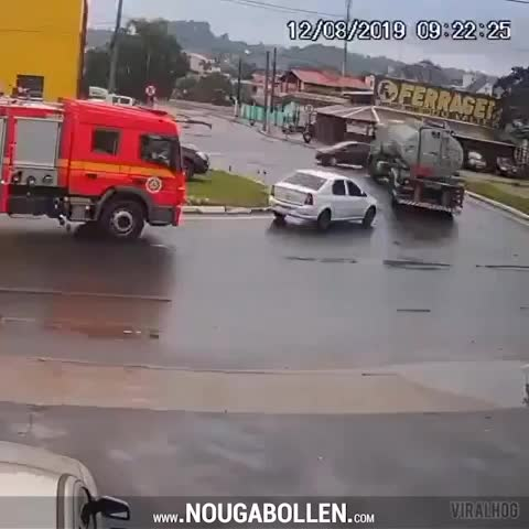 Watch and share Car Catches Fire At The Right Time GIFs by TMS on Gfycat