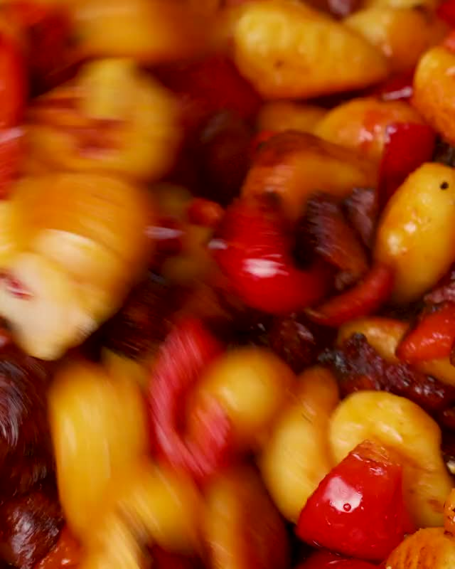 Watch and share 20210419 0929 CRISPYCHORIZO REDDIT GIFs by MobKitchenUK on Gfycat