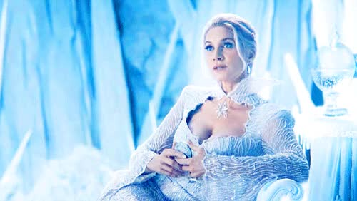once upon a time, ice queen and elizabeth mitchell GIF on We Heart It