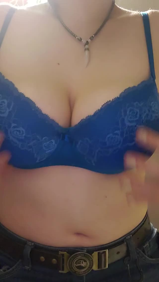 first ever titty drop, let me know what u think