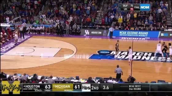 Watch and share Isaiah Livers GIFs and Jordan Poole GIFs by MGoBlog on Gfycat