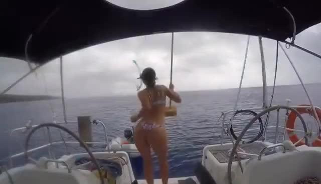 Elayna Sailing LaVagabonde GIFs