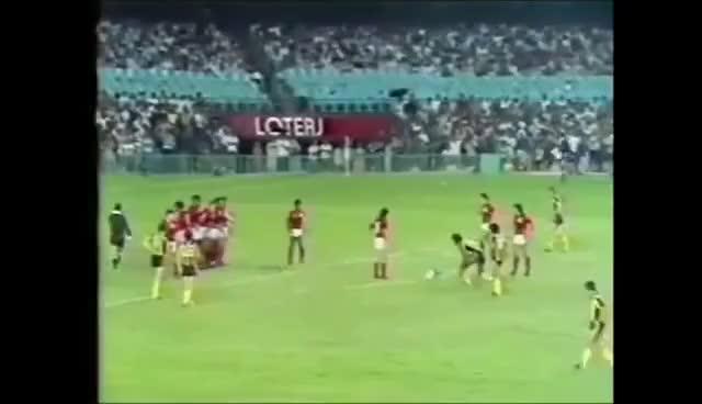 Resultado de imagen para peñarol flamengo 1982