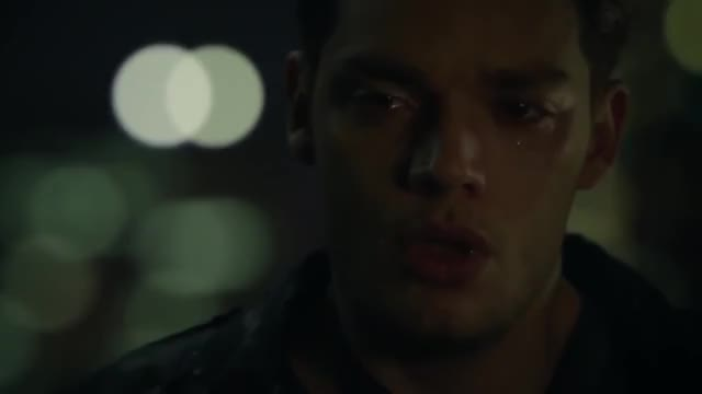 Watch Shadowhunters - 2x11: Jace cries and Alec hugs him GIF on Gfycat. Discover more celebs, jace, matthew daddario, shadowhunters GIFs on Gfycat