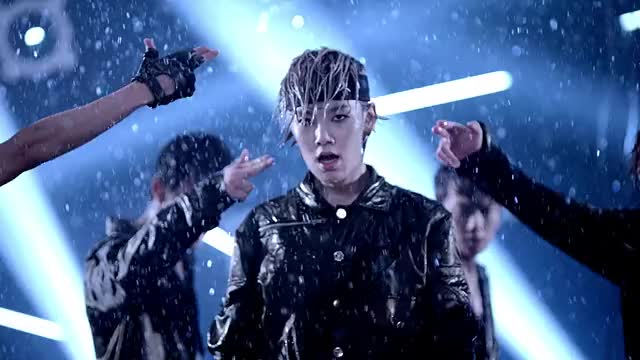 Watch 【MV】B.A.P「WARRIOR」(JAPAN 1ST SINGLE / 2013.10.09) GIF by Koreaboo (@koreaboo) on Gfycat. Discover more related GIFs on Gfycat