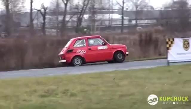 "Watch and share Szalony Kierowca ""malucha"".  Piotr Filapek - Fiat 126p Flat Out GIFs on Gfycat"