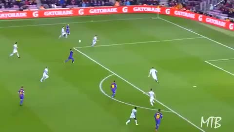 Watch and share Messi Volley 17-18 03 GIFs by FIFPRO Stats on Gfycat