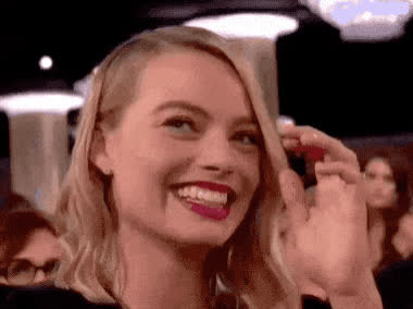 2018, blush, blushing, embarrassed, funny, globes, god, golden, golden globes, laugh, lol, loud, margot, margot robbie, my, oh, omg, out, robbie, shy, Margot Robbie - Embarrassed GIFs