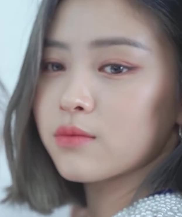 Watch and share Ryujin Edit Emote -ITZY Dispatch I Wanna Be - Interpolate-28 GIFs by masterfat on Gfycat